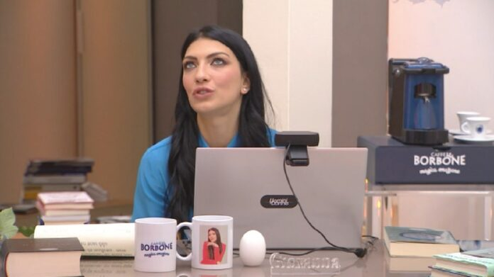 Giovanna Abate leonessa in chat