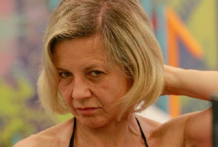 Sossio Aruta sostiene Antonella Elia