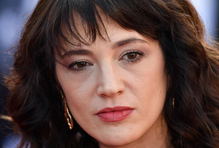Asia Argento ringrazia Barbara D'Urso