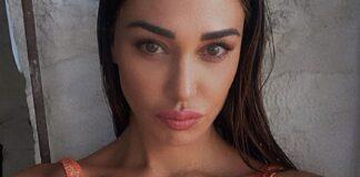 Belen Rodriguez affascinata da una donna